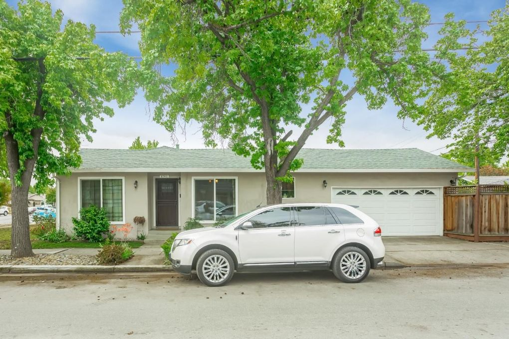 1762 Scott St, San Jose, CA 95128