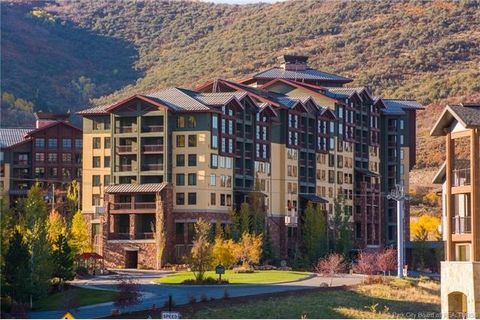 3855 N Grand Summit Q3 Dr Unit 107 Park City UT 84098