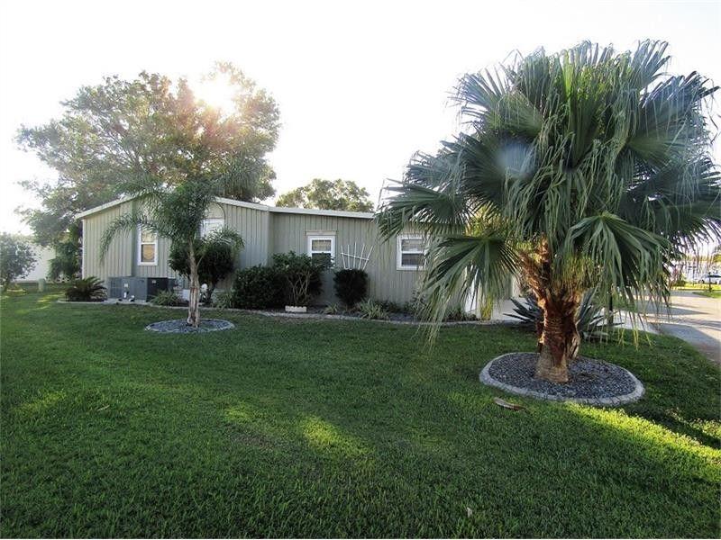 393 York Cottage Dr, Haines City, FL 33844