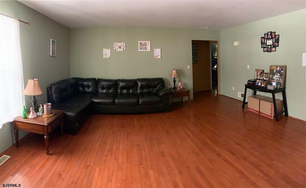447 S Redwood Ave, Galloway Township, NJ 08205