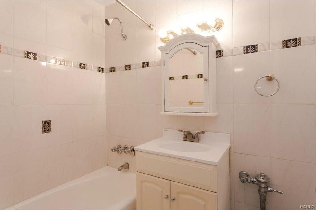 Bathroom Fixtures Yonkers Ny 42 pine st apt 2 s, yonkers, ny 10701 - realtor®