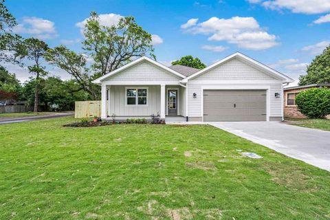 1611 E Lee St, Pensacola, FL 32503