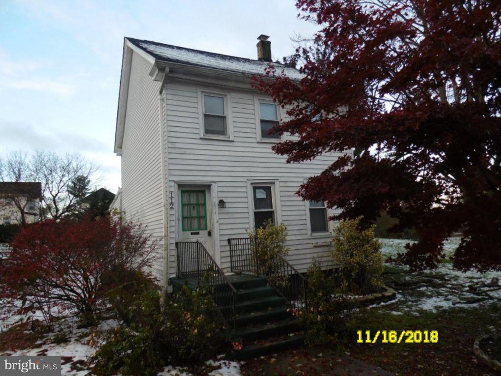 112 Water St, Swedesboro, NJ 08085