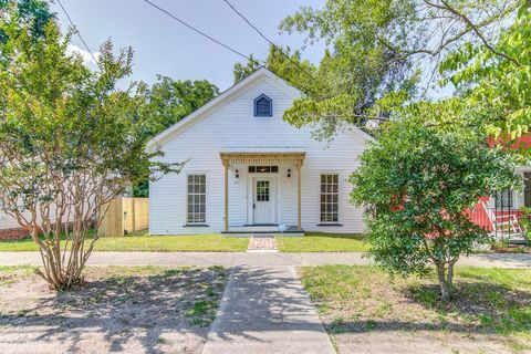 Super Page 4 Waterfront Homes For Sale In Wilmington Nc Home Interior And Landscaping Analalmasignezvosmurscom