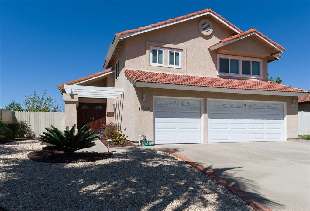 11721 Calamar Dr, San Diego, CA 92124