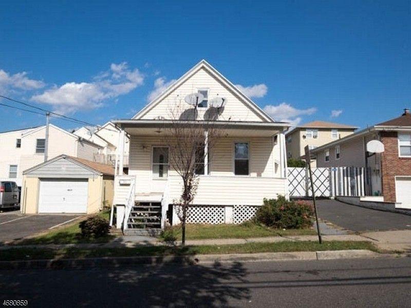 15 Avenue D Lodi Nj 07644 Realtor Com 174