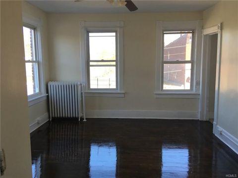 78 William St, Newburgh, NY 12550