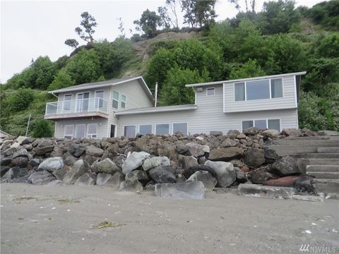 35 H S Beach Dr, Hat Island, WA 98206