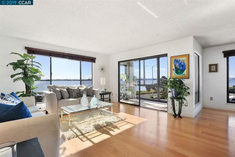 Photo of 2 Anchor Dr Unit 276, Emeryville, CA 94608