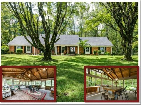 Photo of 599 Tompkinsville Hwy, Moss, TN 38575