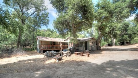 match & flirt with singles in agua dulce Gorgeous single-story view home 2 bed, 2 bath, 2091 sq ft house located at 9833 escondido canyon rd, agua dulce, ca 91390 this data may not match.