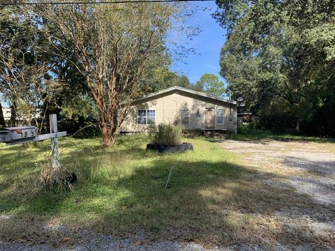 Photo of 1315 E Canal Road St, Gueydan, LA 70542