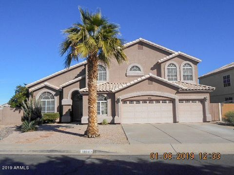 Photo of 1874 W San Angelo St, Gilbert, AZ 85233. Single Family Home