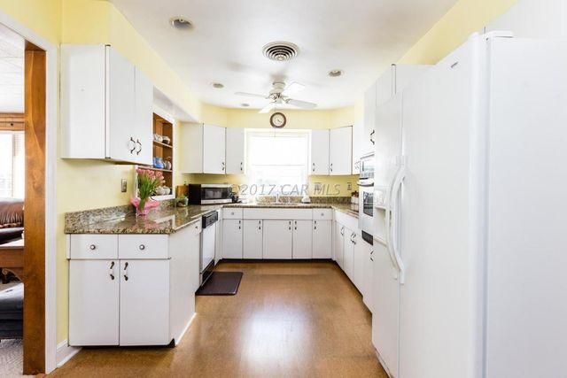 506 Douglas Rd Salisbury Md 21801 Kitchen