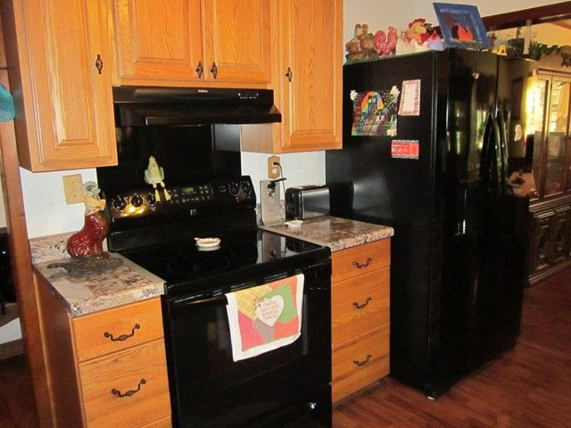2597 Dees Rd, Batesville, MS 38606 - realtor.com® Batesville Ms Remodeling Ideas Kitchen Countertop on