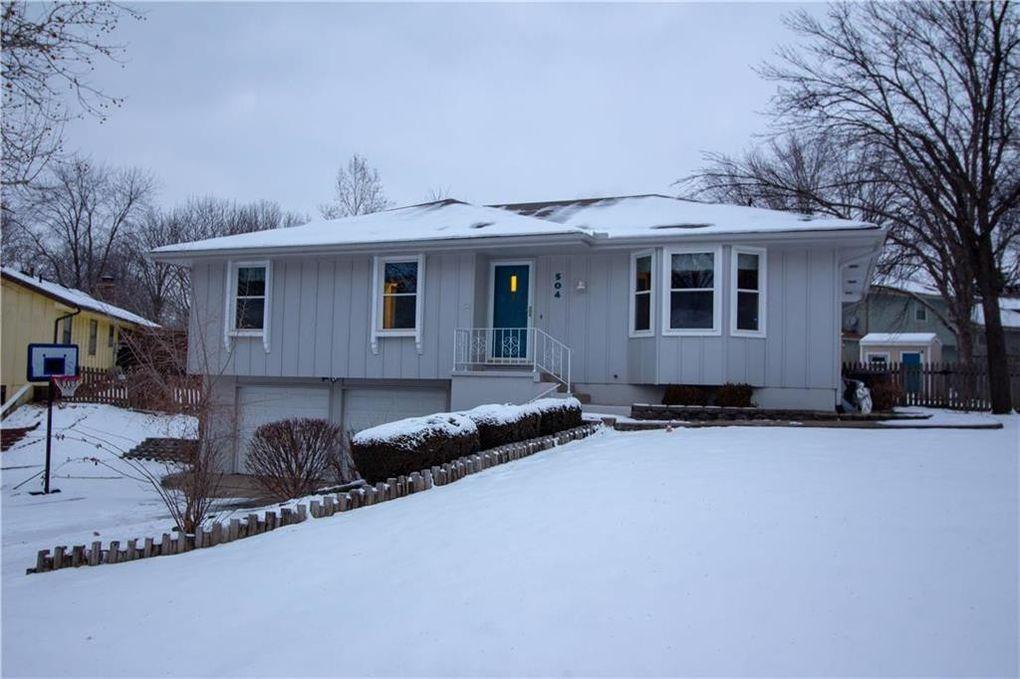 504 Vivian St, Liberty, MO 64068