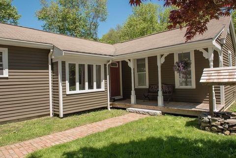 103 New St, Rehoboth, MA 02769