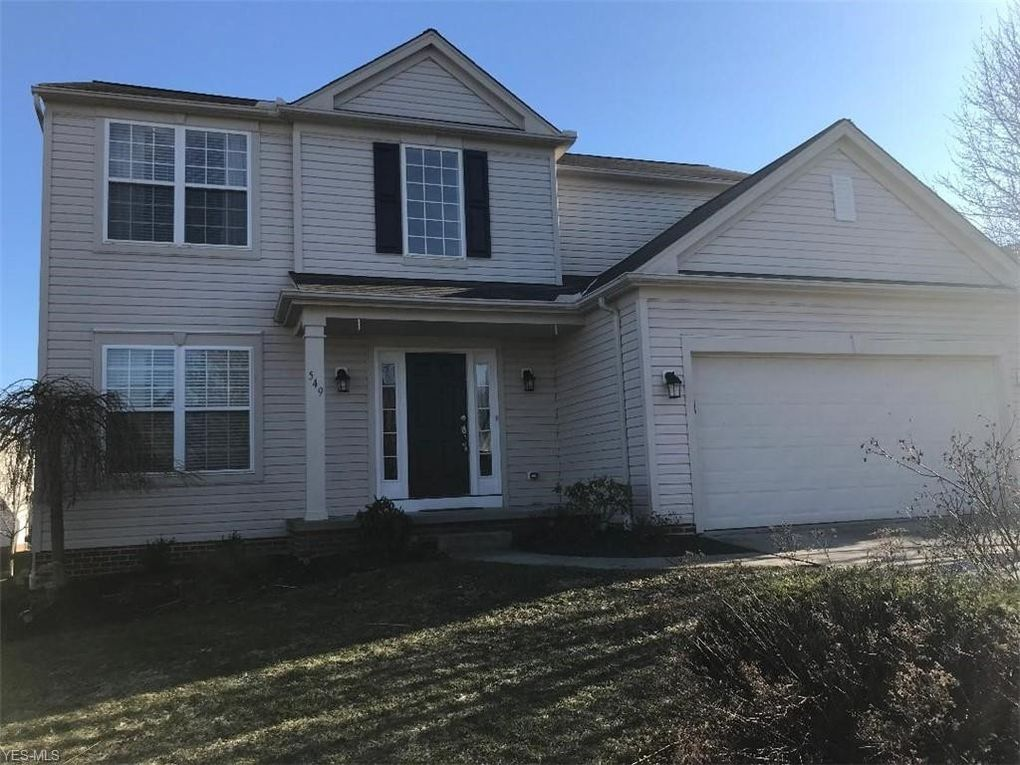 549 Andover Cir Broadview Heights, OH 44147