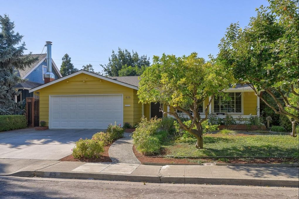 616 Lola Ln, Mountain View, CA 94040
