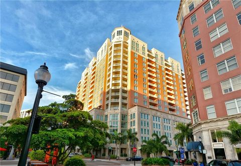 Photo of 1350 Main St Unit 1208, Sarasota, FL 34236
