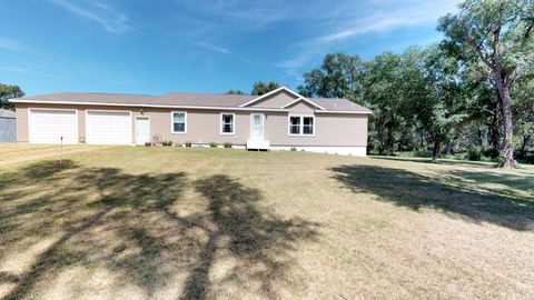 Photo of 21290 411th Ave, Cavour, SD 57324