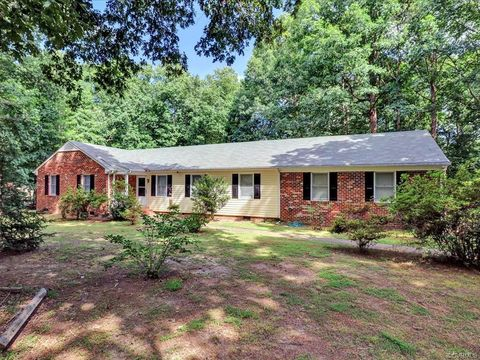 Marvelous Waterfront Homes For Sale In Varina Va Realtor Com Beutiful Home Inspiration Ommitmahrainfo
