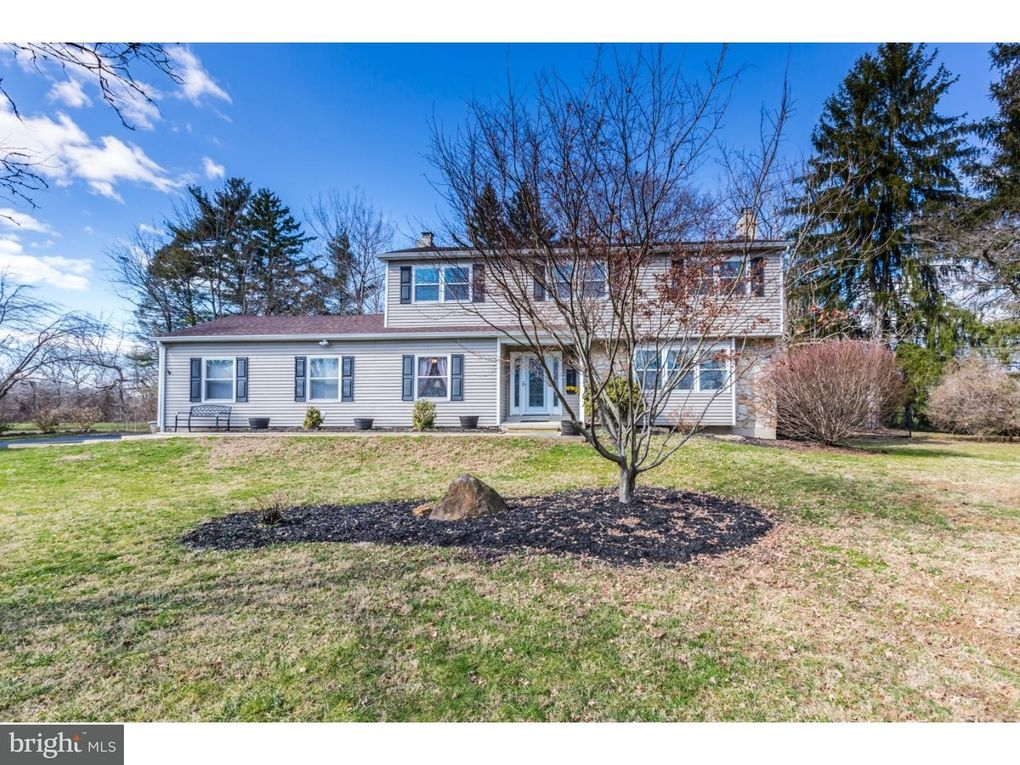 1341 Hollyberry Ln West Chester PA 19380 & 1341 Hollyberry Ln West Chester PA 19380 - realtor.com®