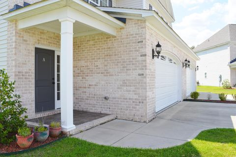 Photo of 2020 Leighton Dr Unit A, Greenville, NC 27834