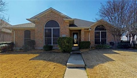 Photo of 1630 Waterford Dr, Lewisville, TX 75077