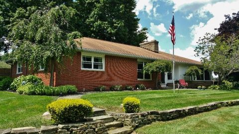 189 College St, Butler, OH 44822