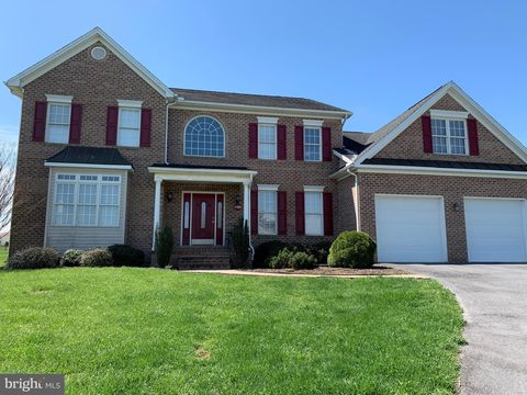Photo Of 18903 Island Dr Hagerstown Md 21742 House For Rent