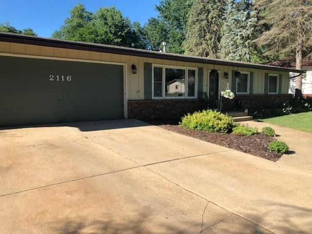 2116 W 49th Pl, Gary, IN 46408