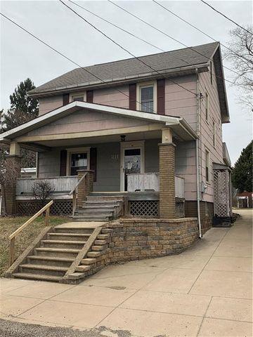 Photo of 211 Mercier St, Louisville, OH 44641
