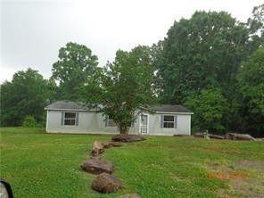 4053 Mamas Garden Dr, Hickory, NC 28602