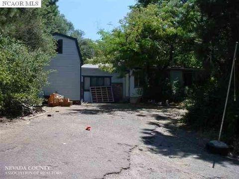 17697 N Cherry Creek Rd, Grass Valley, CA 95949