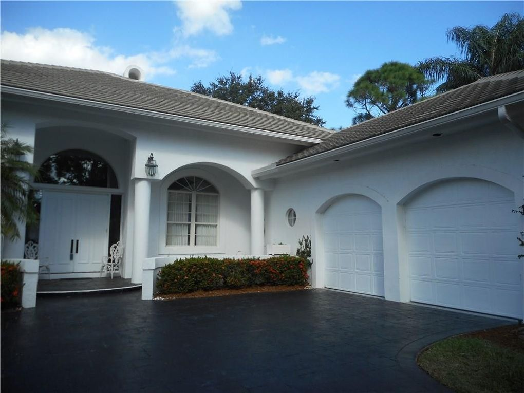2029 Sw Oakhill Way, Palm City, FL 34990