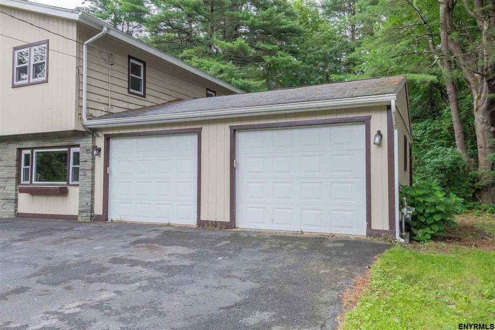 57 Jones Rd Saratoga Springs Ny 12866 Realtor
