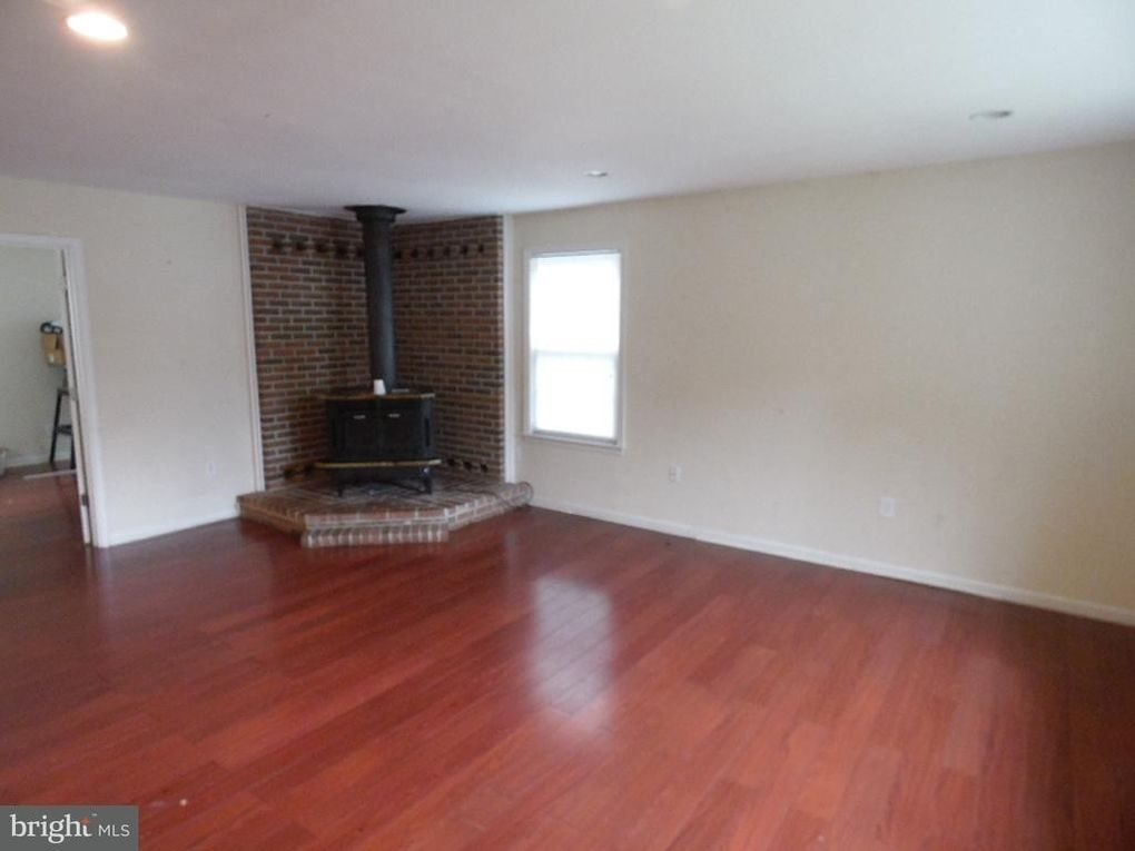2198 Green Arbour Ct Waldorf Md 20602