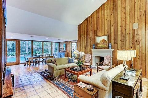 Houston tx houses for sale with swimming pool - Windsor village swimming pool houston tx ...