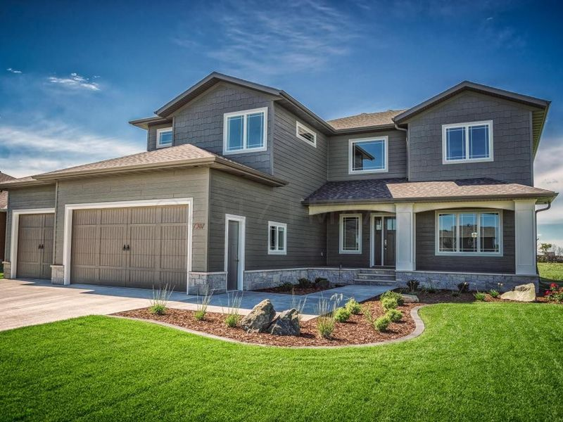 7387 eagle pointe dr s fargo nd 58104 home for sale
