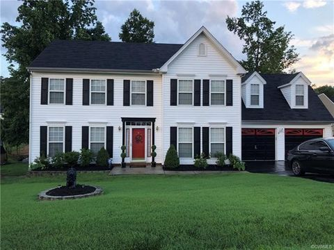 18508 Twisted Oak Ct, Colonial Heights, VA 23834