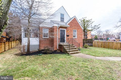 Photo of 4445 20th Rd N, Arlington, VA 22207