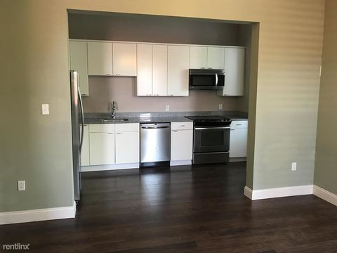 Photo of 827 N Lincoln Ave Unit 8, Pittsburgh, PA 15233