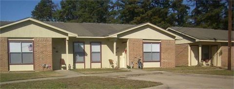 Photo of 100 Senior Ave, Carthage, TX 75633