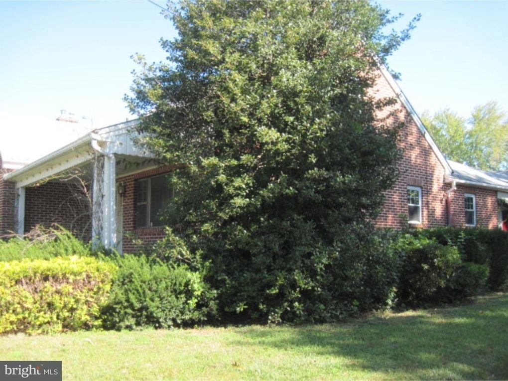315 N Ambler St, Quakertown, PA 18951