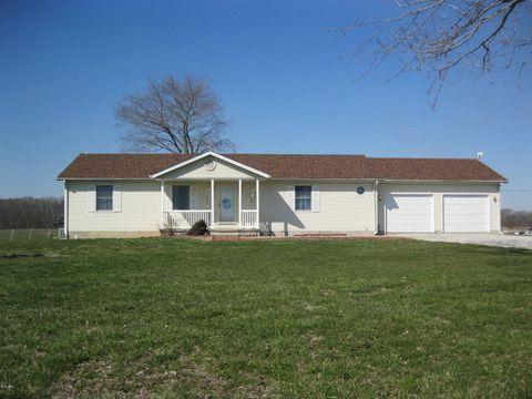 Photo of 5505 Landmark Rd, Iuka, IL 62849