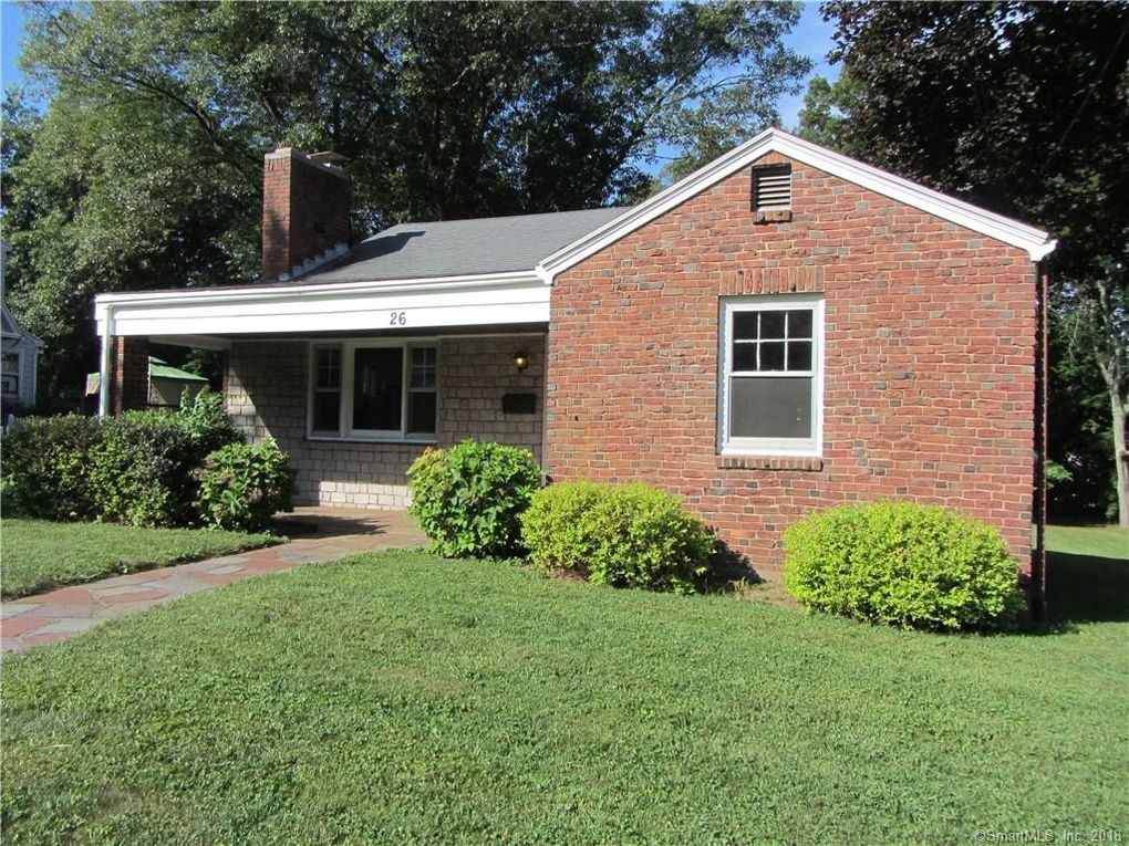 26 Earl St, Manchester, CT 06040