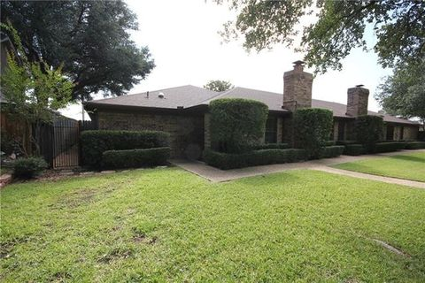 5865 Westhaven Dr Fort Worth TX 76132