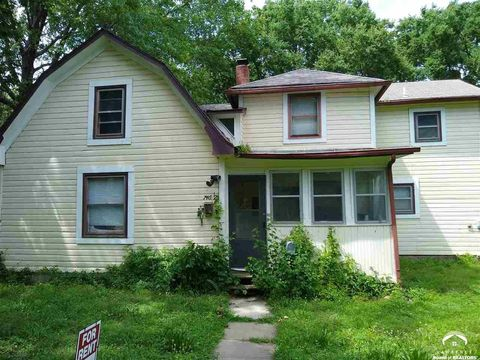 Photo of 746 1/2 Missouri St, Lawrence, KS 66044