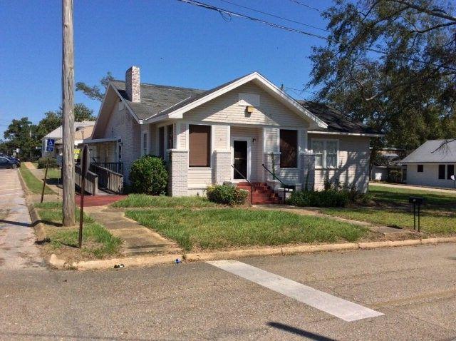 71 S Glenwood Ave, Luverne, AL 36049